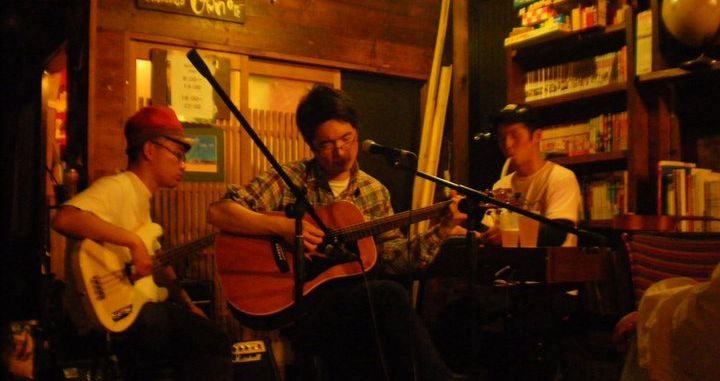 live music at cafe kaokao